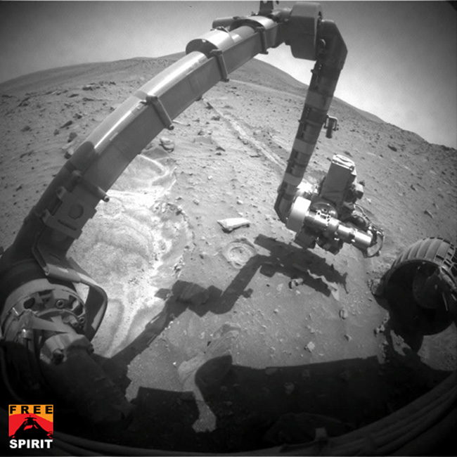 Mars Rover Makes Discovery While Spinning Its Wheels