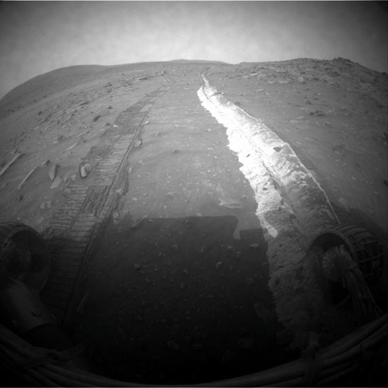 Mars Rover Recovers from Amnesia