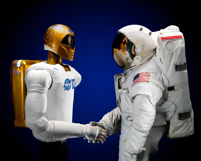 Robot Butler for Astronauts Is a Hit on Twitter