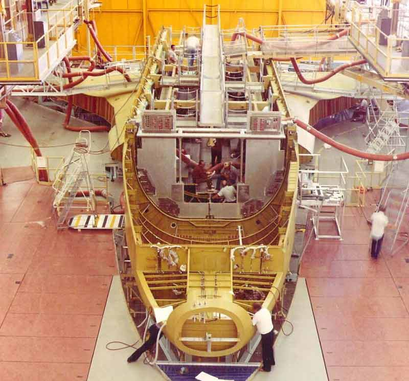 where are space shuttles built - photo #5
