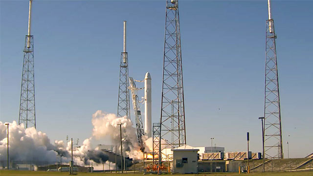 SpaceX Rocket Performs Engine Test for Dec. 7 Space Capsule Launch