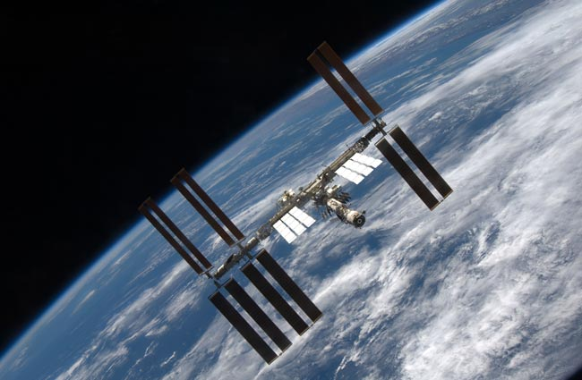 NASA Weighs Excessive Vibrations on Space Station