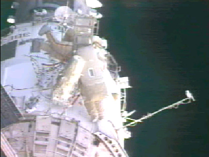 ISS Expedition 10 Crew Prepares for Second Spacewalk