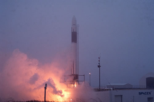 Privately-Built Falcon 1 Rocket Roars on the Pad
