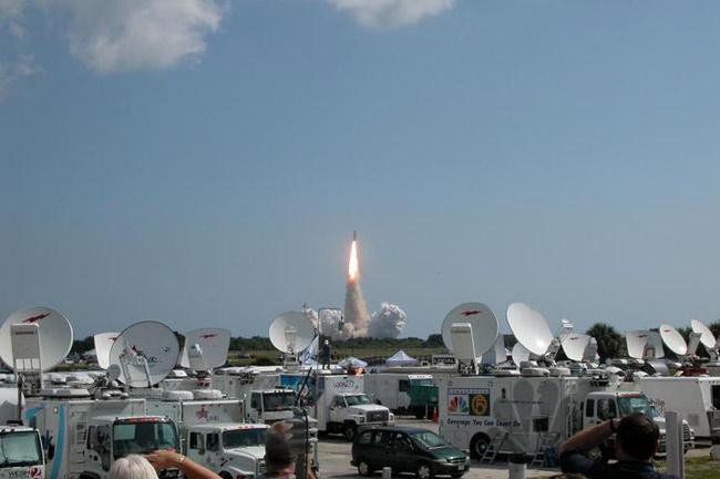 NASA Returns to Flight as Discovery Reaches Orbit