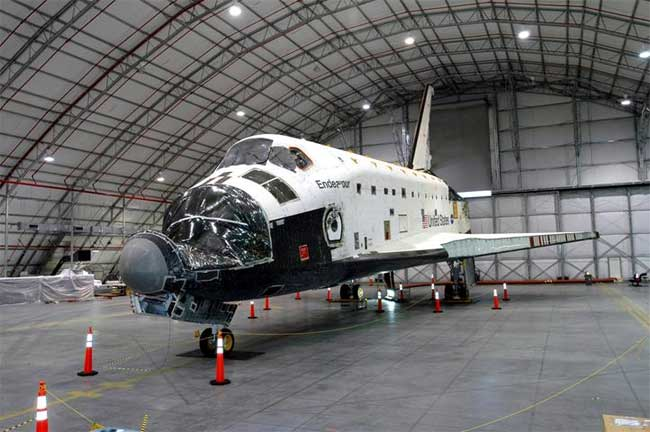 NASA Powers Up Space Shuttle Endeavour