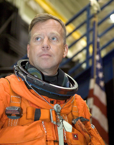 STS-121 Shuttle Commander Confident in July Launch Target