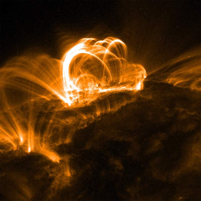 Solar Flare Hits Earth and Mars
