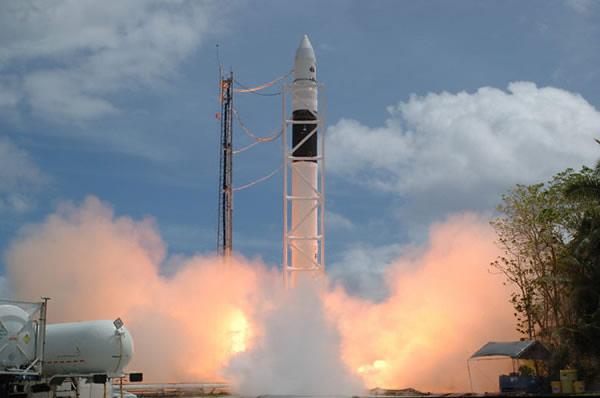 falcon 1 rocket - photo #16