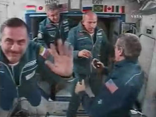Orbital Rendezvous: Fresh Crew, Brazilian Astronaut Arrive at ISS