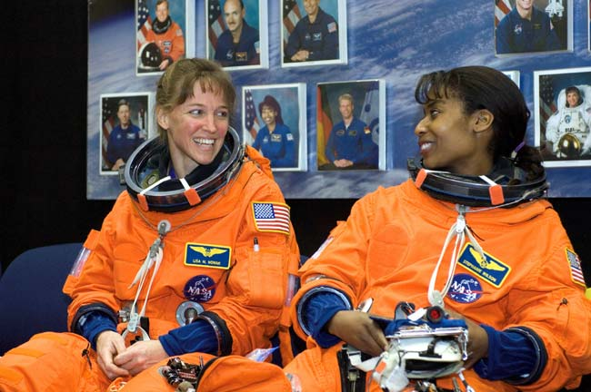 Meet the STS-121 Crew: The Rookies