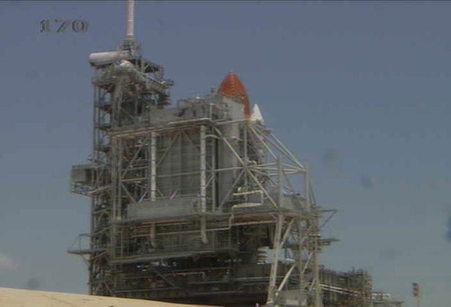 NASA Clears Space Shuttle Discovery for Saturday Launch