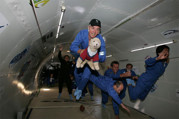 Burt Rutan experiences microgravity courtesy of Zero Gravity Corporation aircraft, an experience that has helped the designer consider how best to maximize passenger enjoyment on suborbital flights. Image