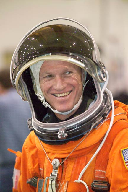 ISS Construction Crew: STS-115 Commander, Pilot Primed for Launch