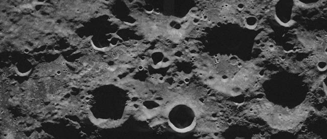 New Images Dampen Hope for Water Ice on Moon