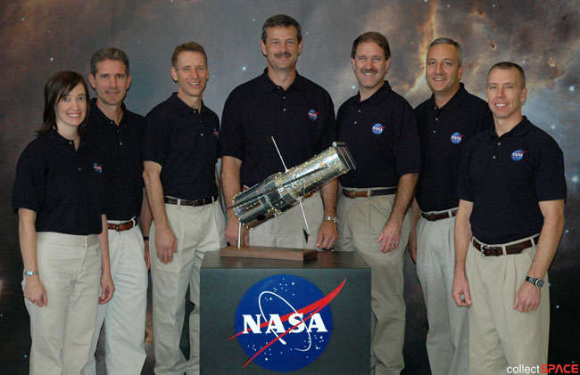 Shuttle Astronauts Eager for Risky Mission to Hubble