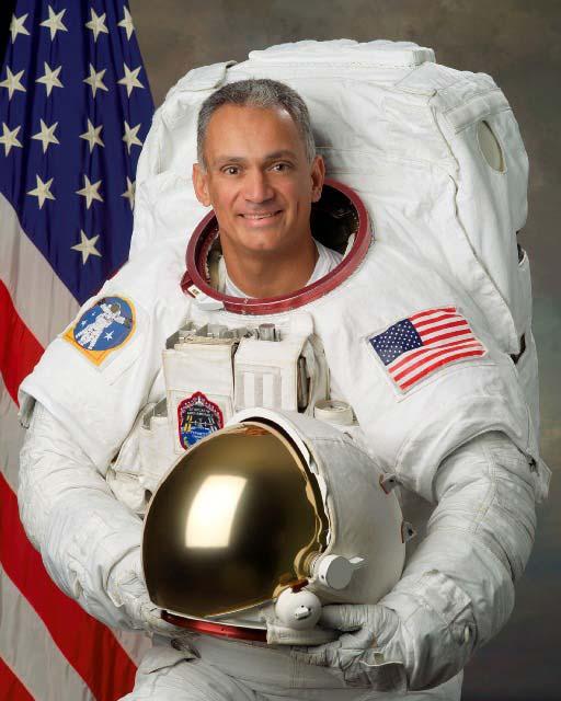 Astronaut Biography: Danny Olivas