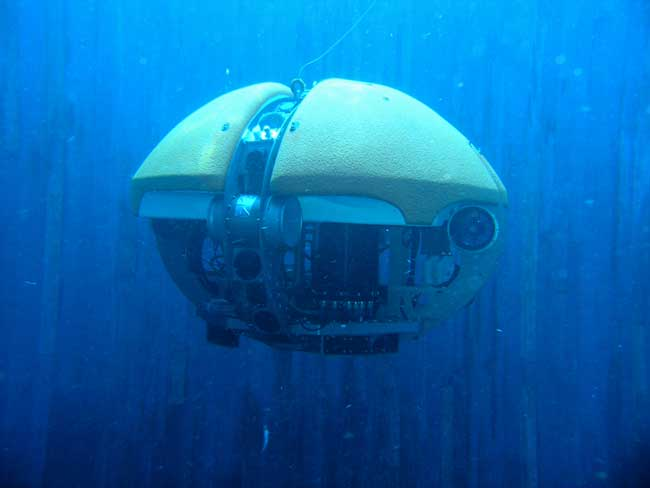 Deep Mission: Aquatic Robotic Diver Could Aid Europa Exploration