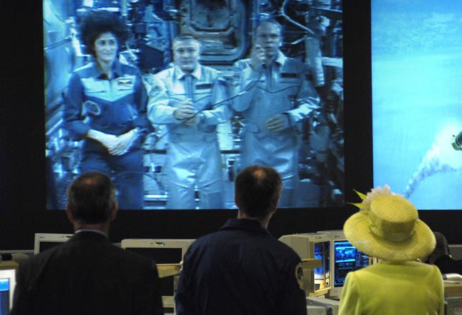 Queen Elizabeth II Hears from Space Station Crew in NASA Visit
