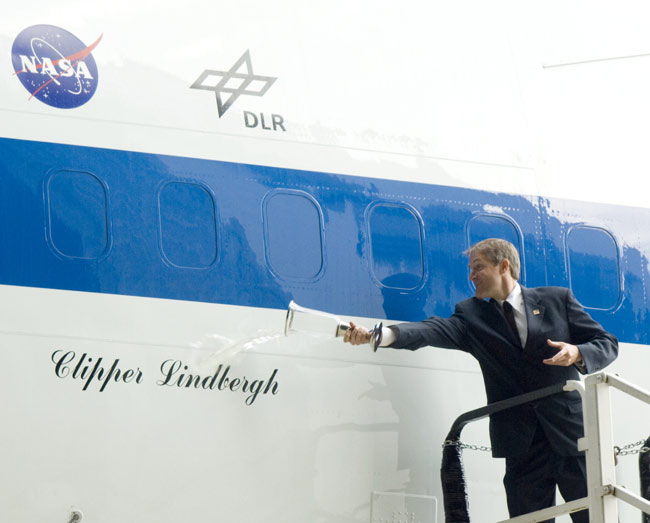 NASA Names Flying SOFIA Observatory 'Clipper Lindbergh'