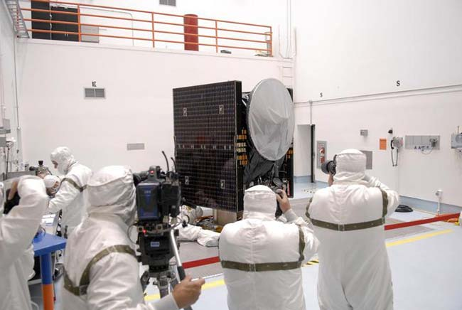 NASA's Dawn Spacecraft Gets Ready for Launch