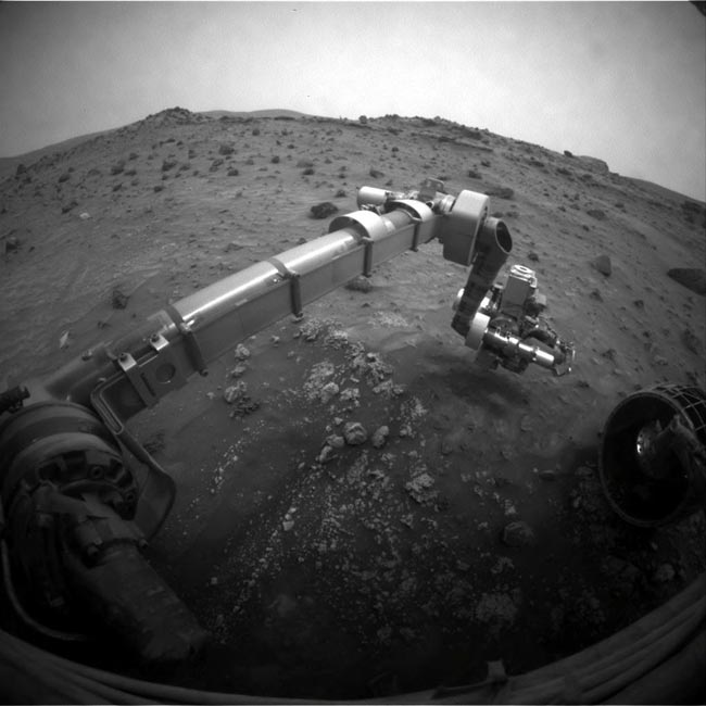 Dust Storm Clears Slightly for Mars Rovers