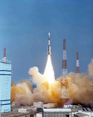 India's Large Satellite Launcher Returns to Flight
