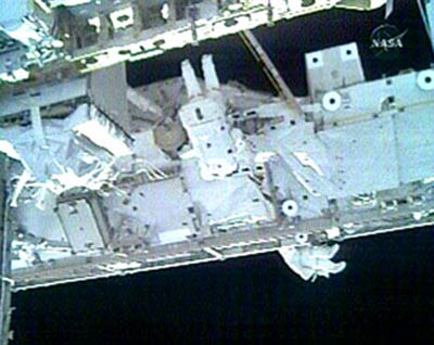Spacewalkers Outfit Space Station's Newest Room