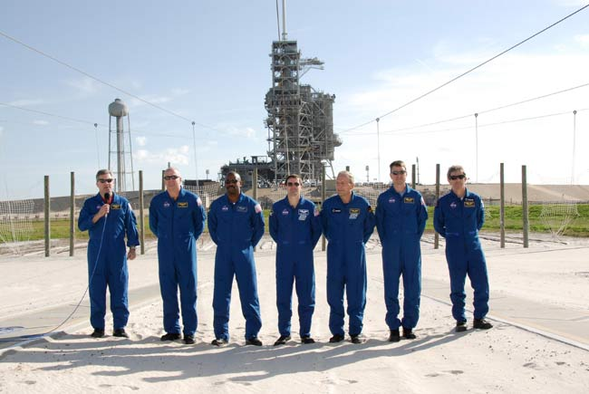 NASA Discusses December Launch Plan for Shuttle Atlantis