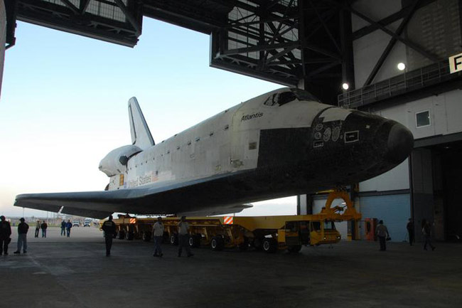 NASA Prepares for December Shuttle Launch