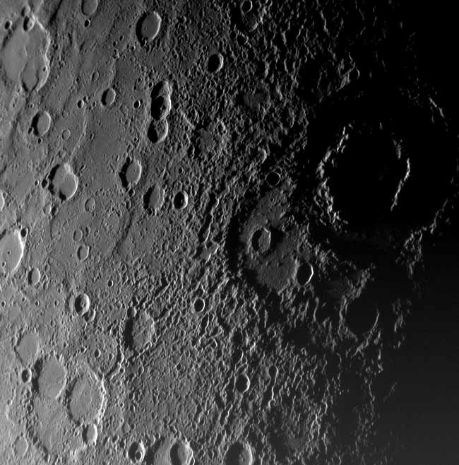 Spacecraft Beams Home New Images of Mercury