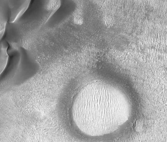 Mars' Natural Sculptures Pose Mystery