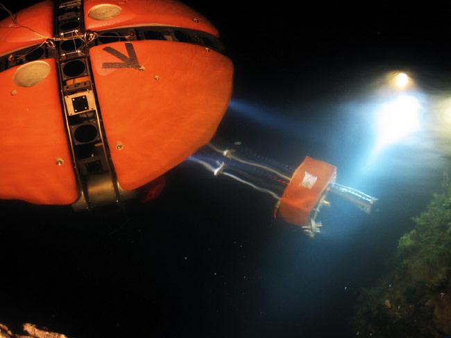 Underwater Robot Helps NASA Explore Europa