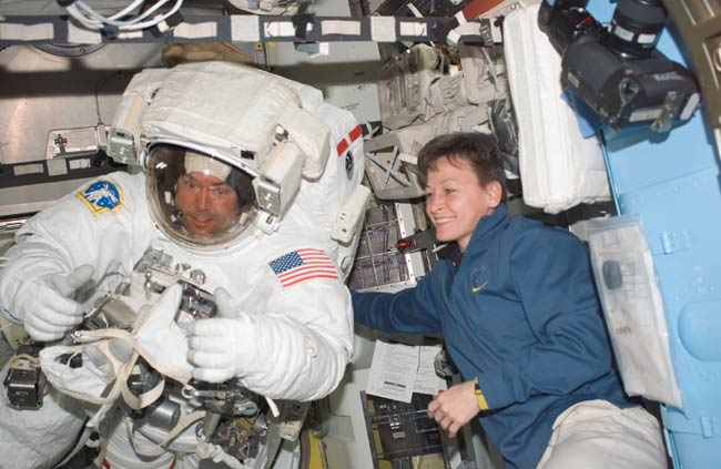 Astronauts to Test Shuttle Heat Shield Fix in Spacewalk