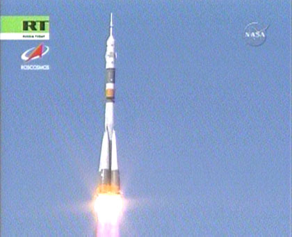 The rocket with astronauts launched at Baikonur. Photos from the scene 99