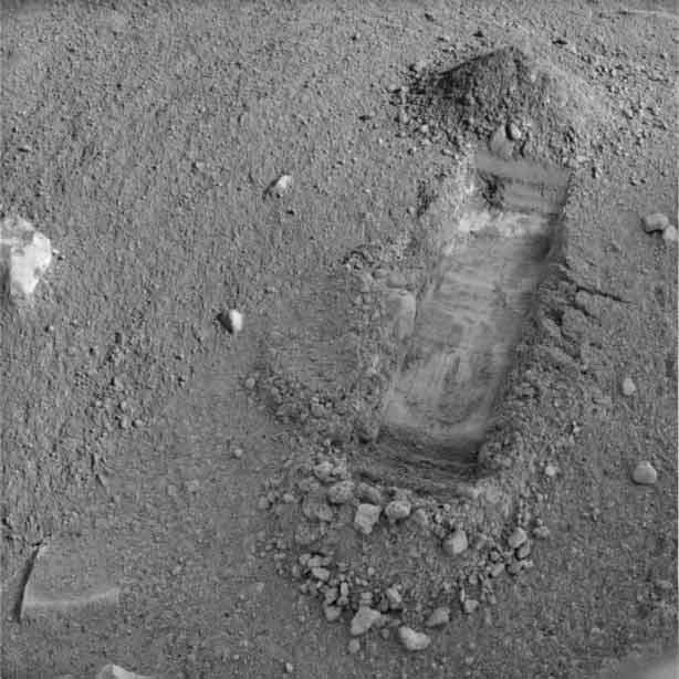 Mars Robot to Dig Deeper