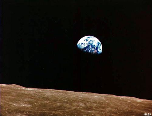Apollo 8 Circles the Moon