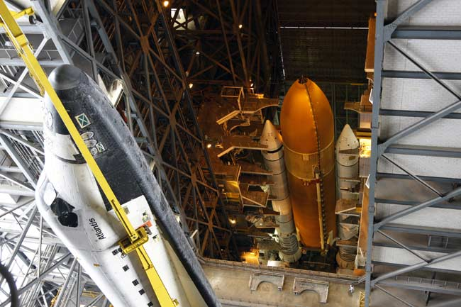 Stuck Pin Delays Shuttle's Trek to Launch Pad