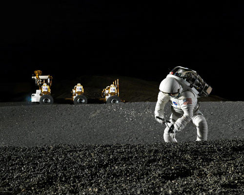 NASA Chief: Moon Base Must Precede Mars Mission
