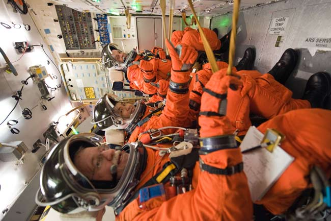 Shuttle Astronauts Primed for Wednesday Launch