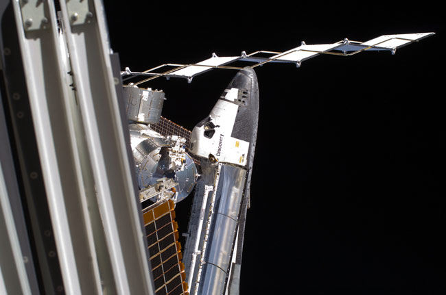Shuttle Discovery to Leave Space Station Today