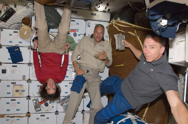 Astronauts Take Time Off After Fixing Hubble
