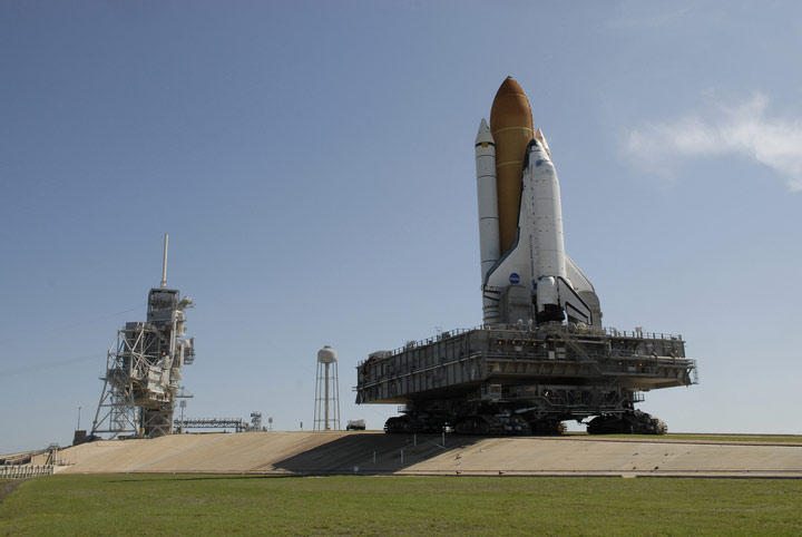 Shuttle Endeavour on Track for Saturday Launch