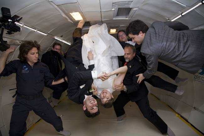 NY Couple Gets Hitched in Zero Gravity