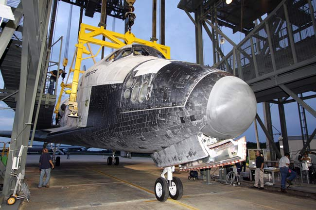 Stuck Knob on Shuttle Atlantis Removed, Analysis Ahead