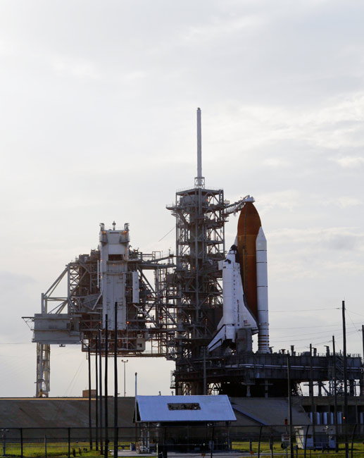 NASA Prepares Shuttle For Sixth Launch Attempt