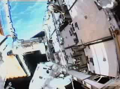 Spacewalkers Add New Batteries to Space Station