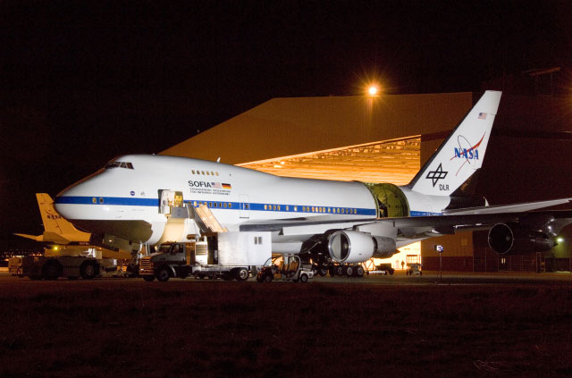 Science Instruments Ready for SOFIA Airborne Telescope
