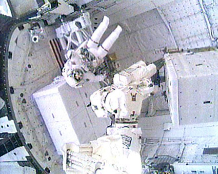 Spacewalkers Remove Massive Tank From Space Station