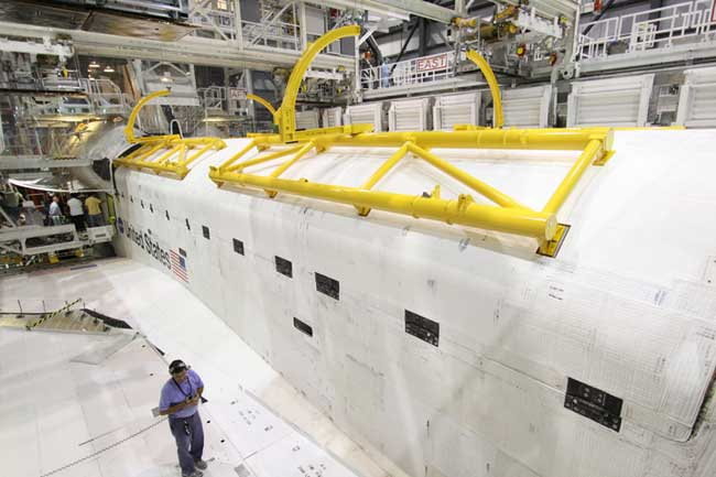 Space Traffic, Meteor Showers Threaten Next Shuttle Launch Date